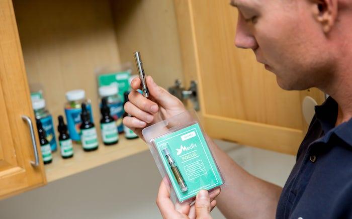 vaping CBD oil
